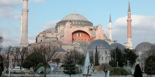 hagia-sophia-istanbul-turkey