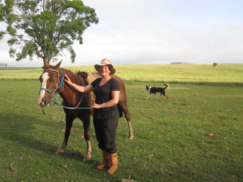 honor-and-her-horse-at-panagea-ranch-in-uruguay