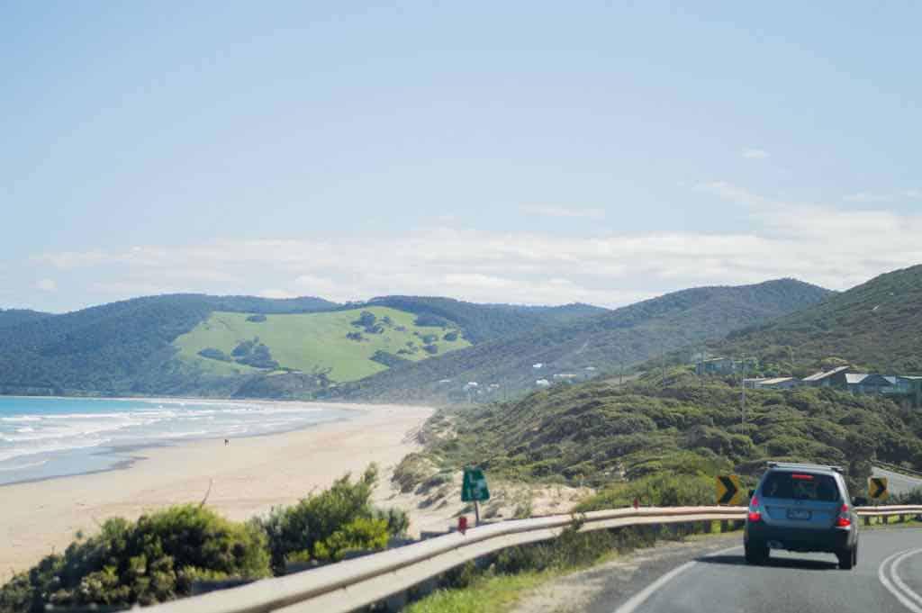 Great Ocean Road by hellosarahd