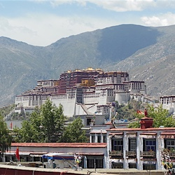 Things to do in Lhasa, Tibet – Visiting the Roof of the World