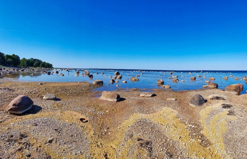 Kaltene stony beach