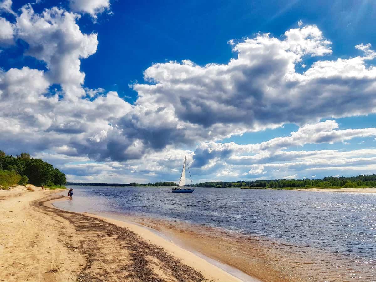 Sailing in Lielupe River delta