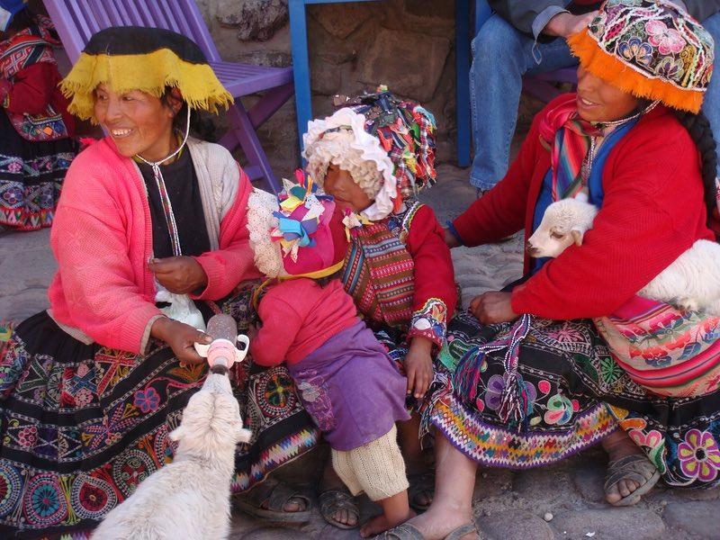Ollantaytambo Peru market