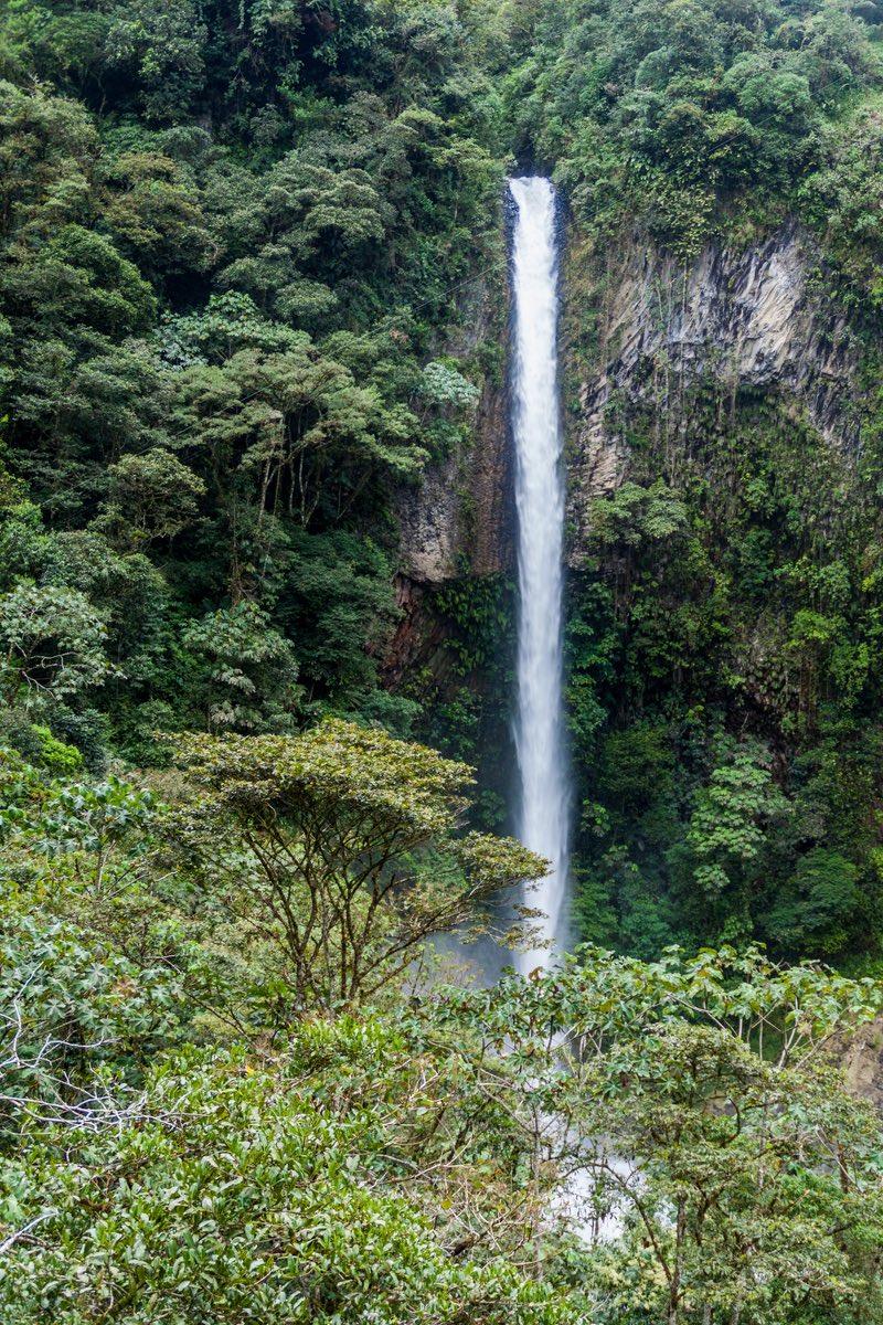 Machay Banos Waterfall - Ecuador