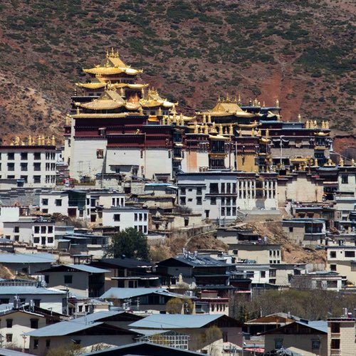 Tibetan Culture in Sichuan, Yunnan, and Qinghai: Tibet Without the Hassle