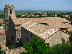 Working on a Castle – Volunteer Travel in France